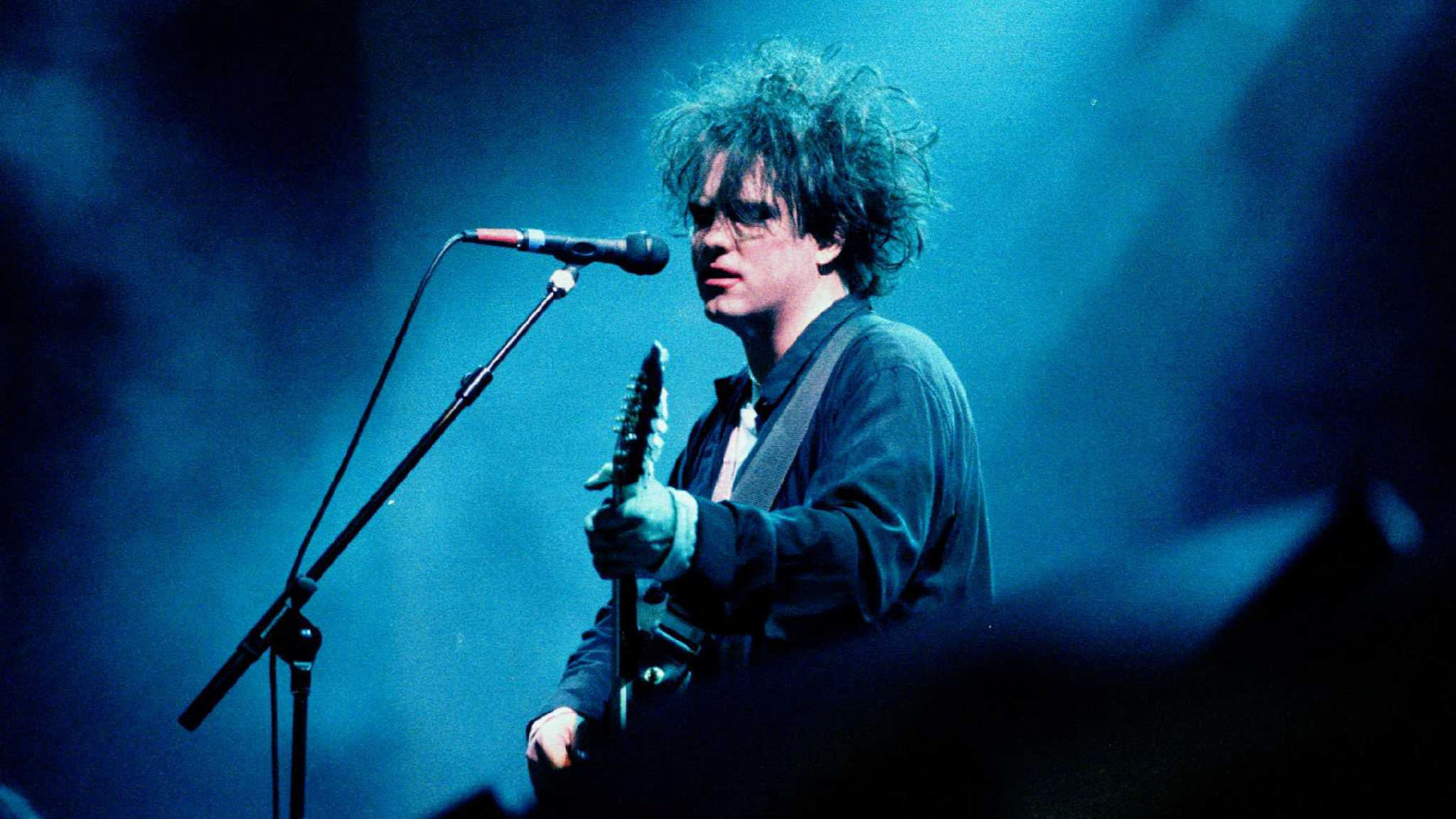 Friday I'm in Love — The Cure's Robert Smith struggled to come up