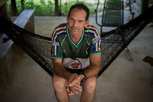 Valdemir Alves de Nascimento has heart problems as a result of Chagas