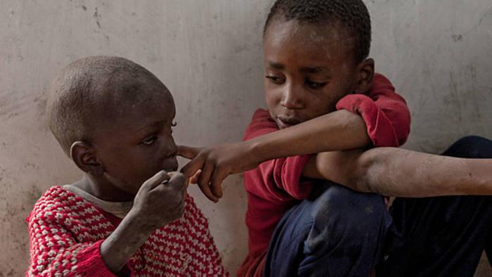 Children from Karagita slum
