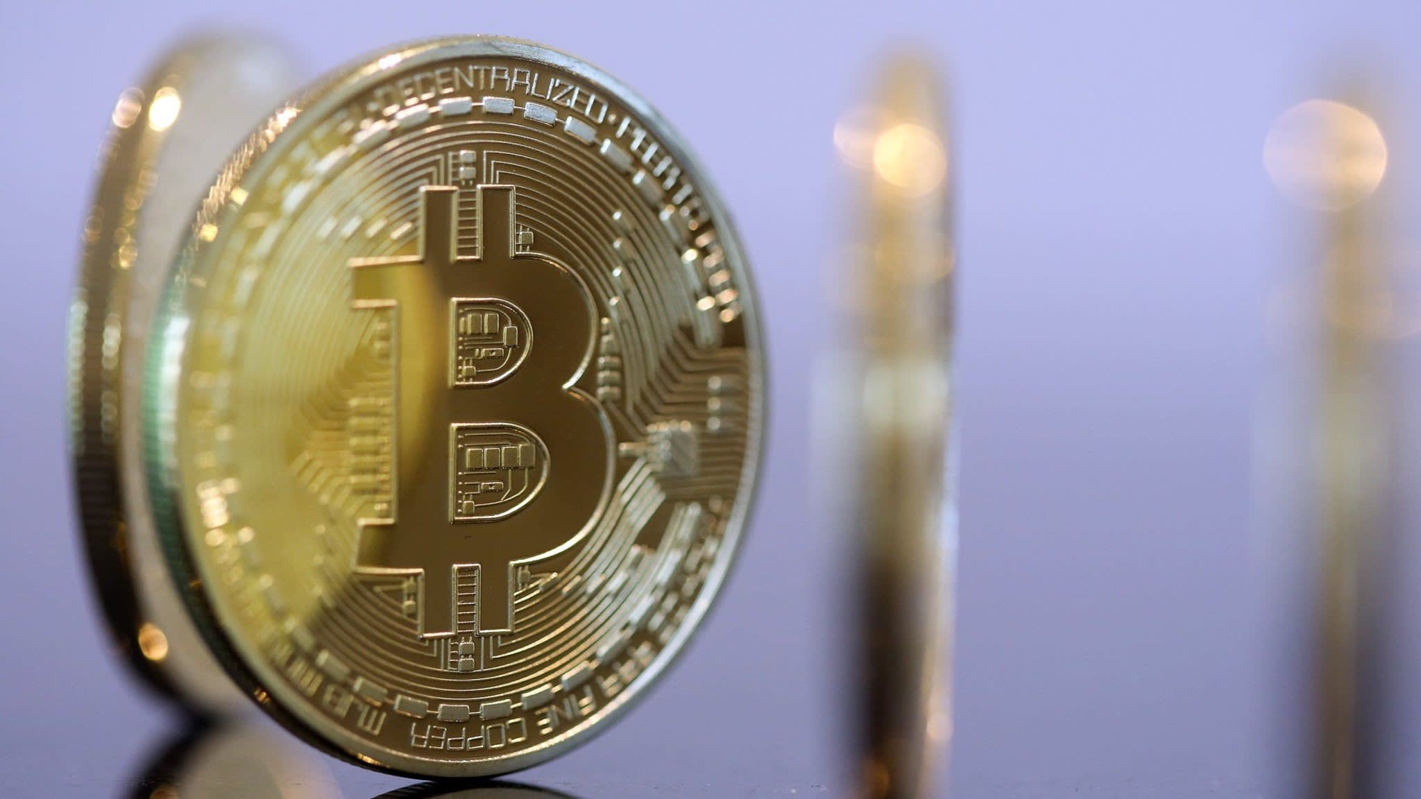Barclays partners with Goldman-backed bitcoin payments app | Financial Times