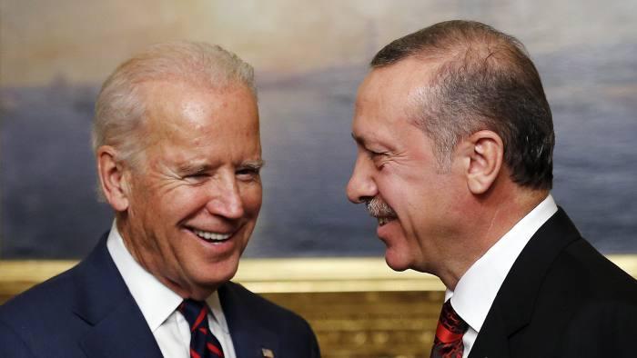 U.S. VP Biden meets with Turkey's President Erdogan in Istanbul...U.S. Vice President Joe Biden (L) meets with Turkey's President Tayyip Erdogan at Beylerbeyi Palace in Istanbul November 22, 2014.