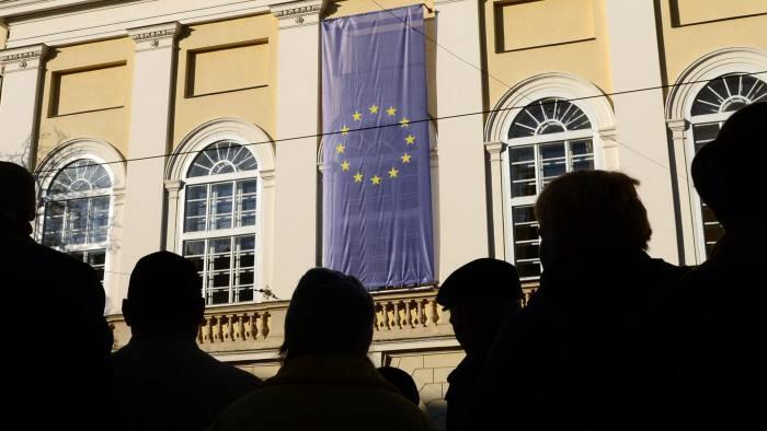 UKRAINE-EU-RUSSIA-FEATURE