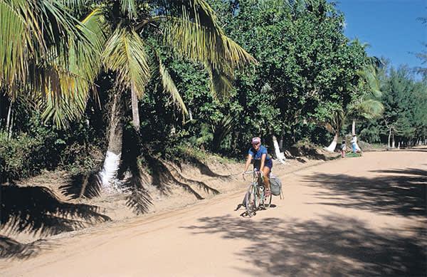 Cycling on Hainan