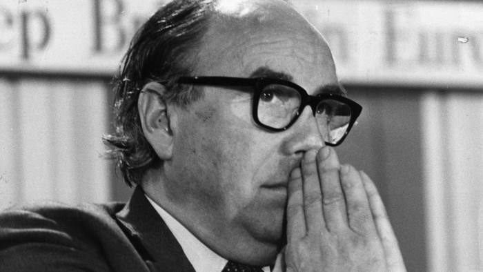 Roy Jenkins...Welsh Labour politician and author Roy Jenkins (1920 - 2003), who was later a founder member of the SDP.   (Photo by Evening Standard/Getty Images)