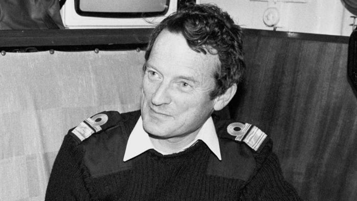 Abrasive admiral whose flotilla swiftly retook the Falklands
