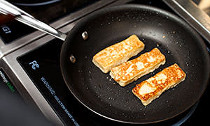 Making french toast using Hampton Creek's egg substitute