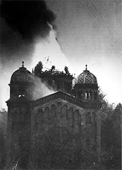 A synagogue ablaze