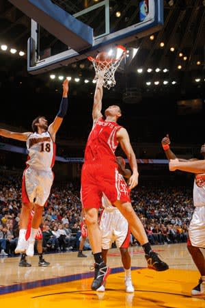 Yao Ming playing for the Houston Rockets