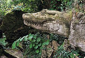 Crocodile sculpture, Giardino Jacquard