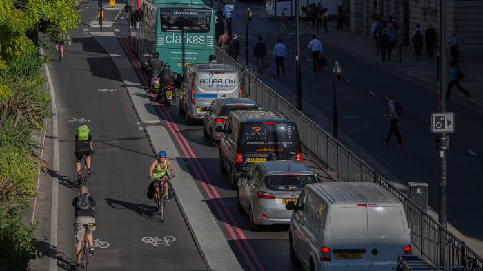 Congestion in London and cycle routes.