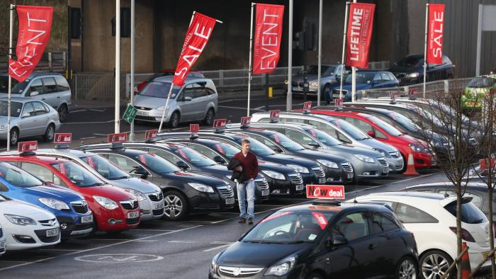 8c85df44d5 Warning signs emerge in the UK car loan market