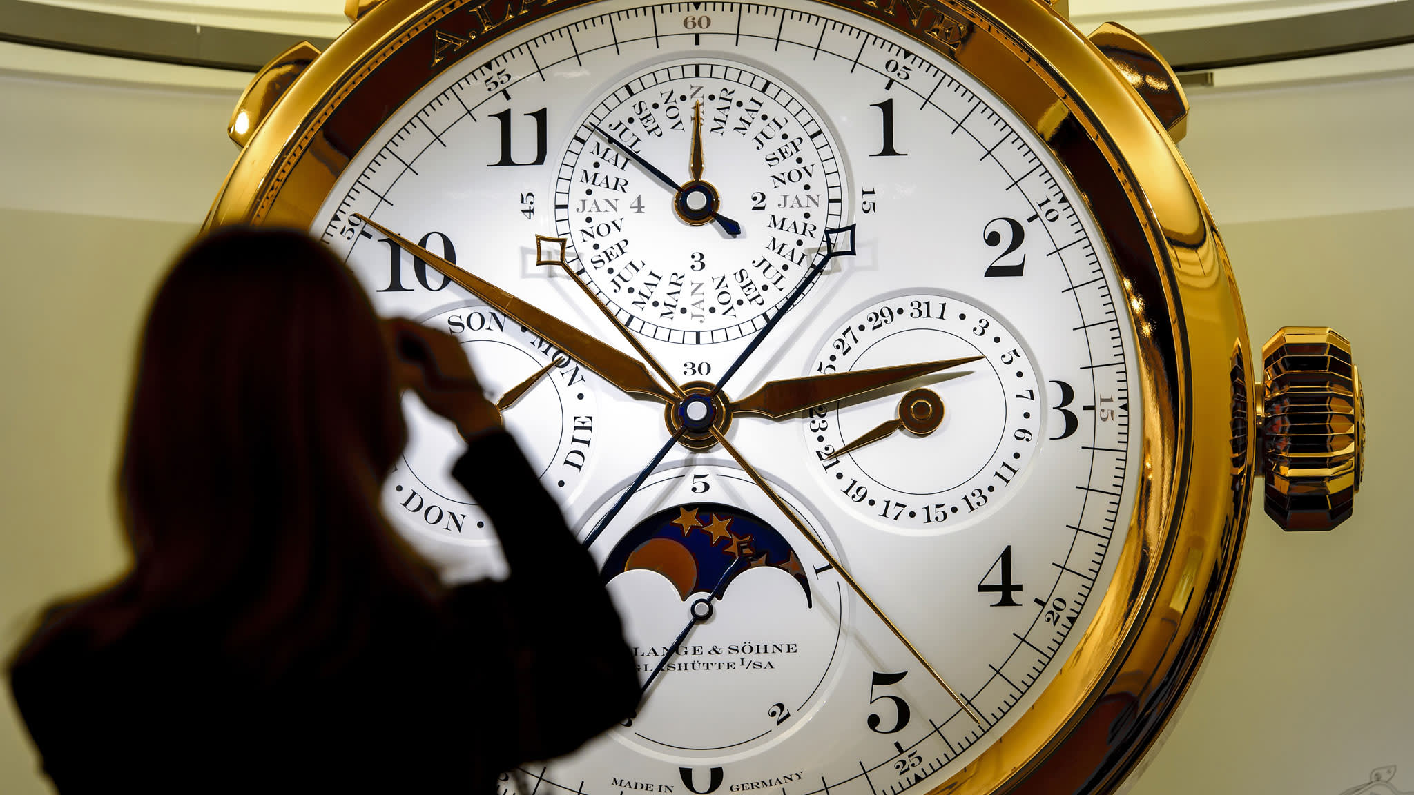 China calls time on expensive watches in face of crackdown   Financial Times