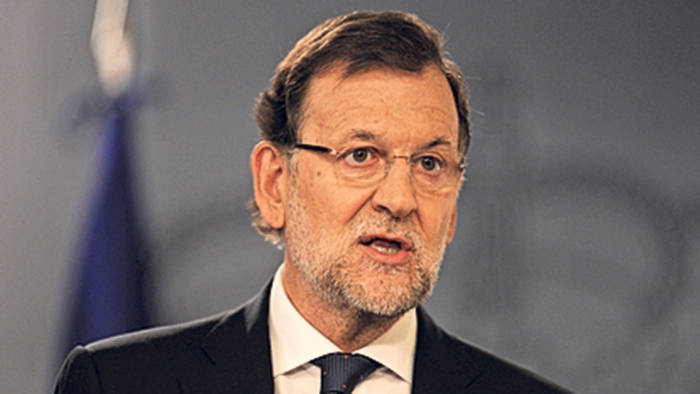 Spanish prime minister Mariano Rajoy makes a brief statement to the press at the Moncloa palace on September 28, 2015 in Madrid Spain