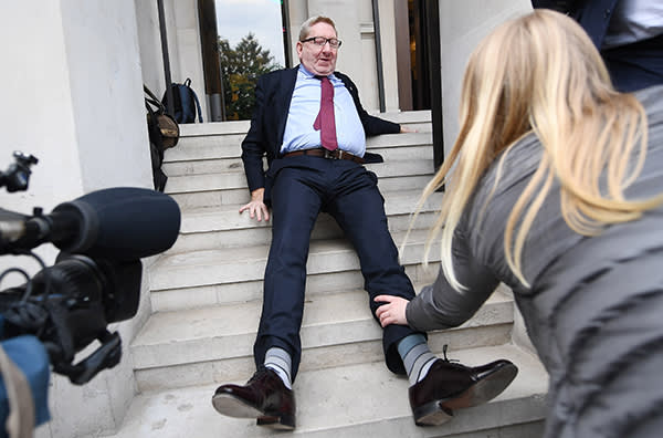 epa05957167 British Trade Union leader Len McCluskey falls on the steps outside the Clause 5 Labour meeting to finalise the Labour manifesto in London, Britain, 11 May 2017. The party's draft manifesto was reportedly leaked overnight in the run up to the feneral election on 08 June 2017. EPA/ANDY RAIN