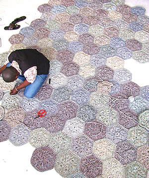Crochet rug designed by Moonbasket