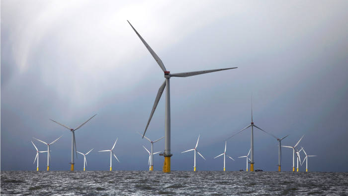 Foreign wind farm companies to face UK jobs test to win subsidies