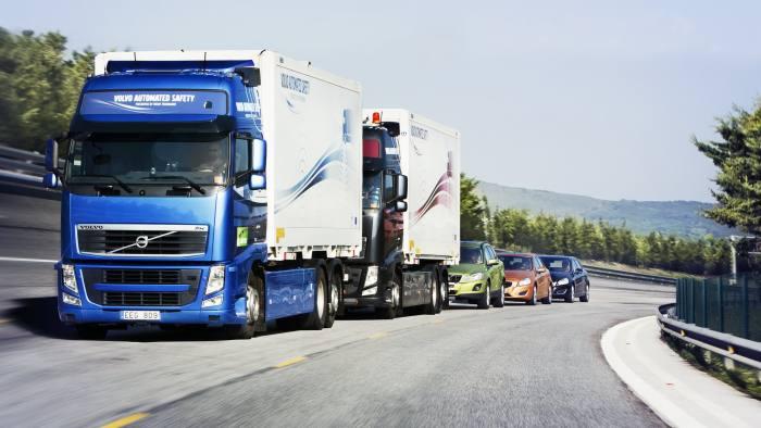 A Volvo truck platoon