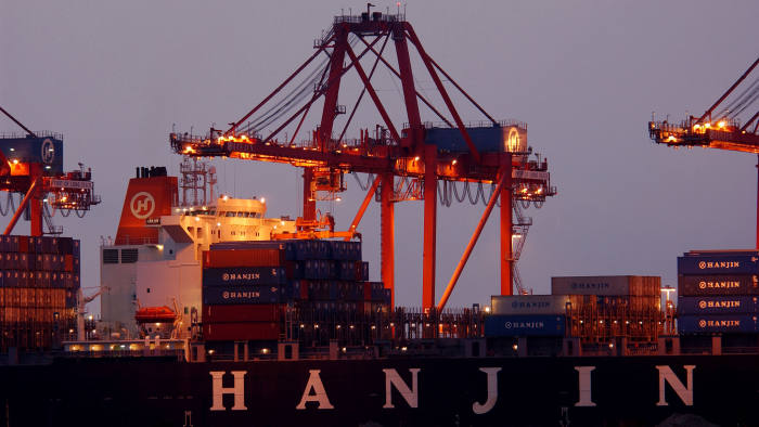 South Korea shipping groups struggle to stay afloat