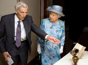 Martin Rees and the Queen with Newton's telescope at the Royal Festival Hall in London, June 2010