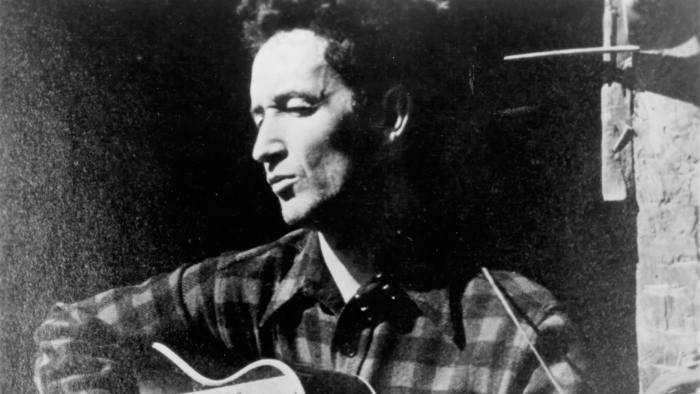 Woody Guthrie performing in the 1940s