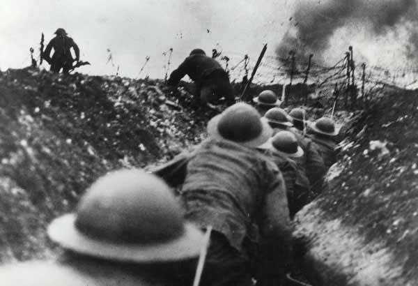 Soldiers at the battle of the Somme in 1916