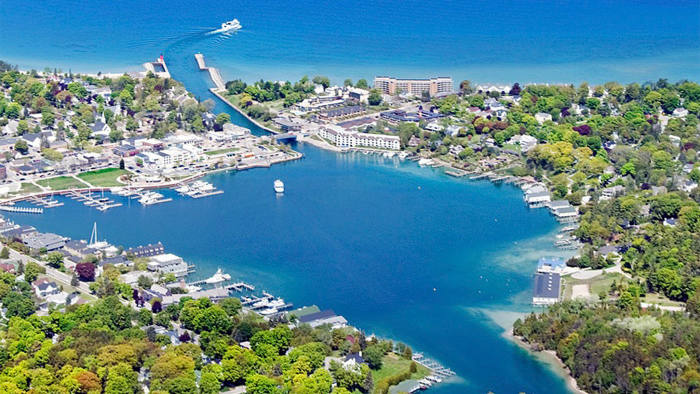 The town of Charlevoix sits at the meeting point of Lake Charlevoix and Lake Michigan