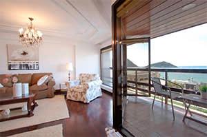 Four-bedroom flat on the Paseo de Miraconcha
