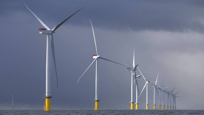 Winds of change blow through renewable energy market | Financial Times