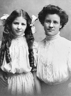 The US housewife and writer Katharine Cook Briggs with her daughter Isabel, the eventual creator of the test, c1905