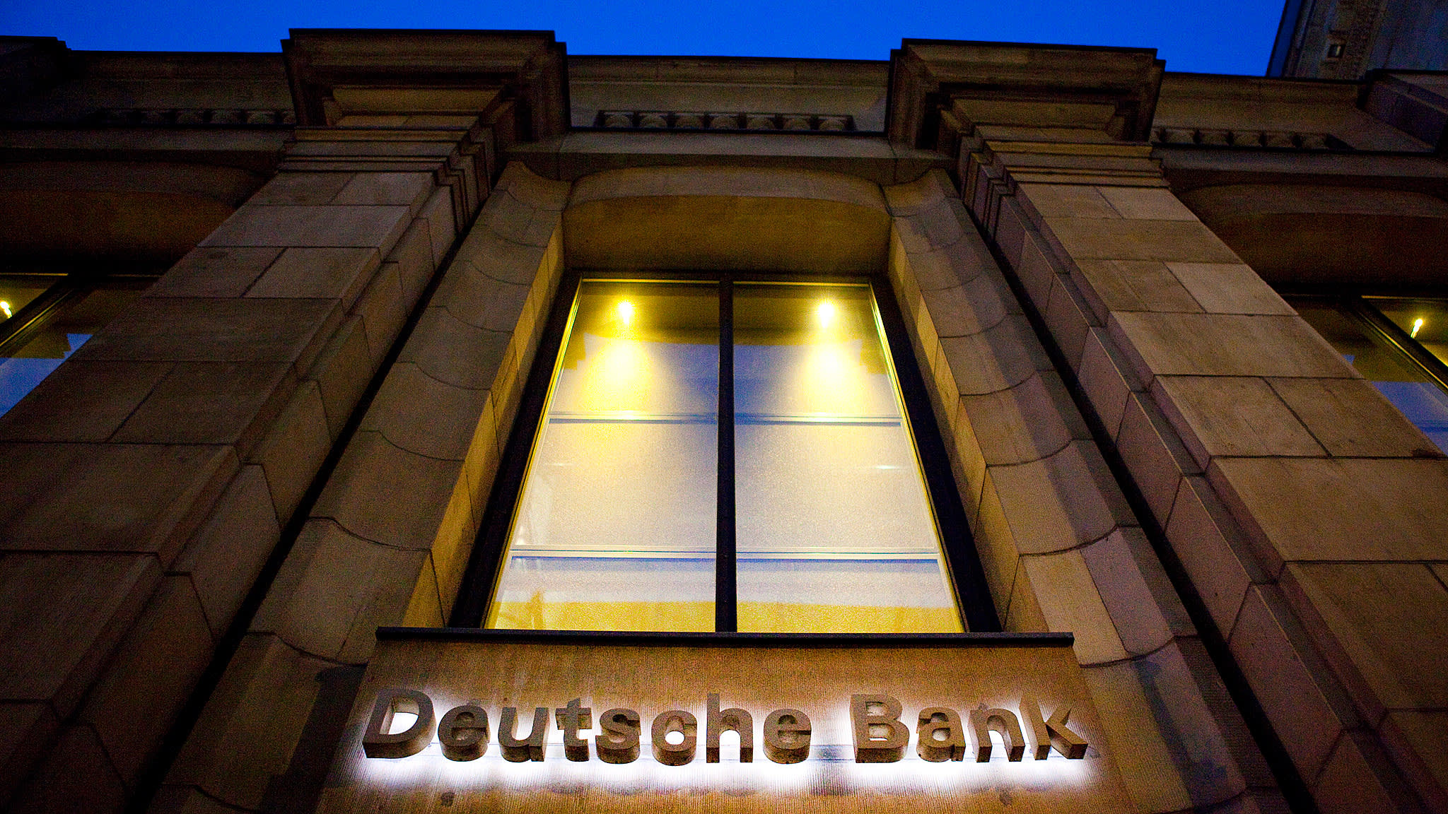 Deutsche Bank co-chiefs' pay rises by half | Financial Times
