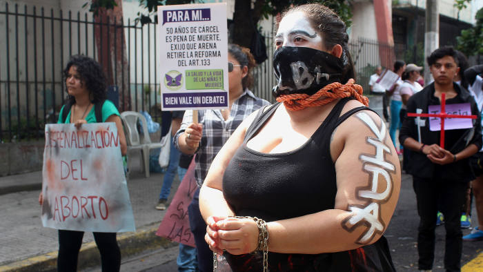 Salvadorean women rally to demand the decriminalisation of abortion in front of the Legislative Assembly this September