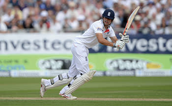 CHESTER-LE-STREET, ENGLAND - AUGUST 09: Alastair Cook of England bats during day one of 4th Investec Ashes Test match between England and Australia at Emirates Durham ICG on August 09, 2013 in Chester-le-Street, England. (Photo by Gareth Copley/Getty Images)