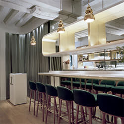 The bar at Le Sergent Recruteur