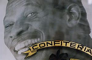 'Confitería' by Facundo de Zuviria (1987)