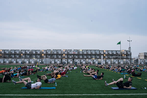 US soldiers working out