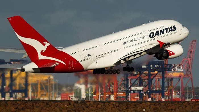 Qantas regains investment-grade status | Financial Times