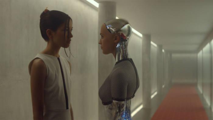Sonoya Mizuno and Alicia Vikander in 'Ex Machina'