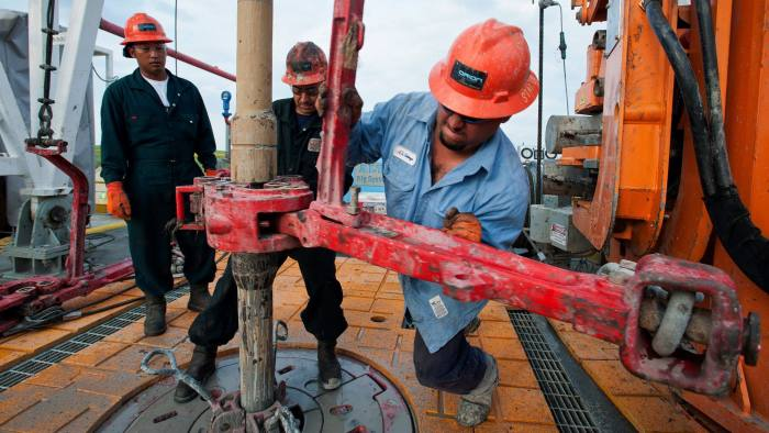 Shell earnings hit by $2bn writedown | Financial Times
