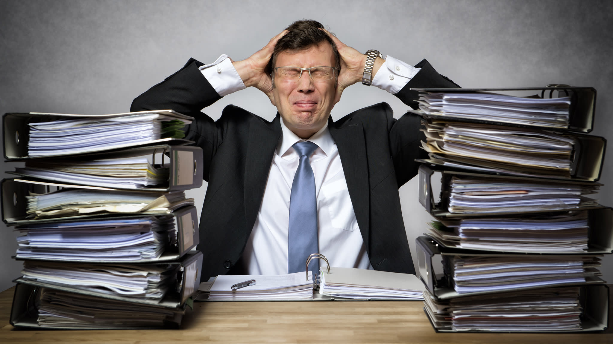 The managers who hold the line on workplace stress   Financial Times