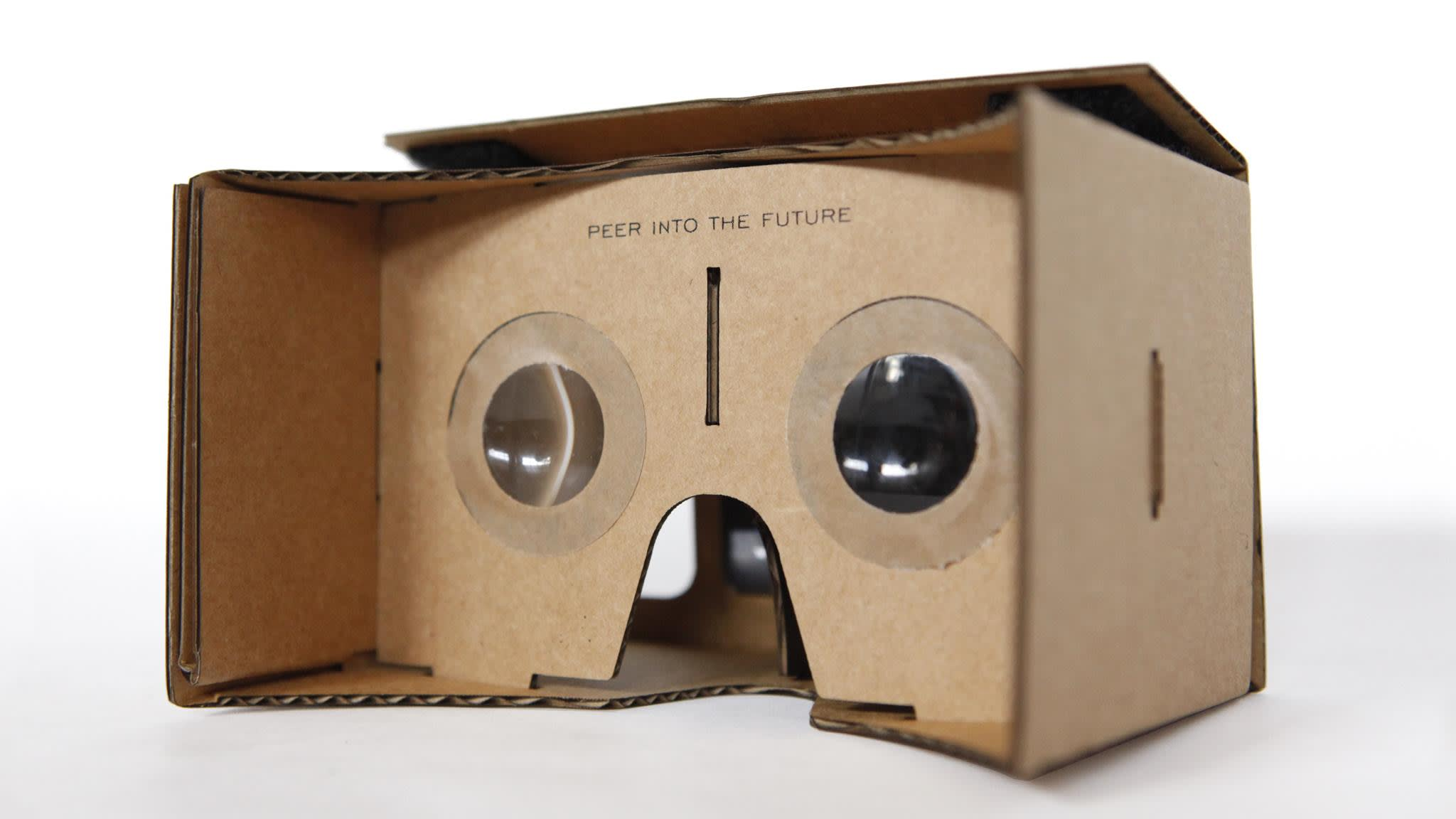 Transported to a new world by Google Cardboard, a $25 VR headset   Financial Times