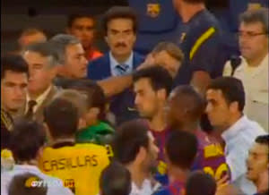 Mourinho seen poking the eye of a Barcelona assistant coach