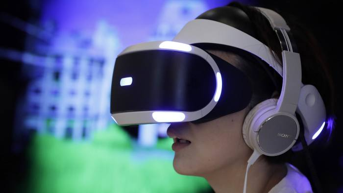 a193785fd9a Sony dominates sluggish VR headset market