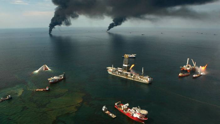 June 19, 2010, Gulf Of Mexico, Louisiana, USA: Fires burn around the site of the BP Deepwater Horizon rig site