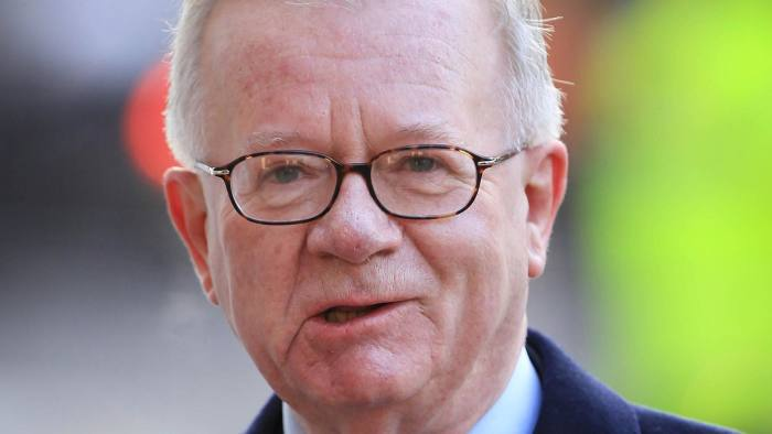 Sir John Chilcot has said there is no date set to issue his report on the 2003 Iraq war