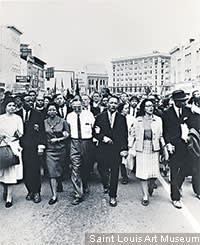Martin Luther King leading marchers into Montgomery