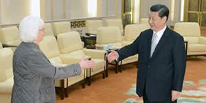 Icelandic PM Johanna Sigurdardottir with Chinese president Xi Jinping, April 2013