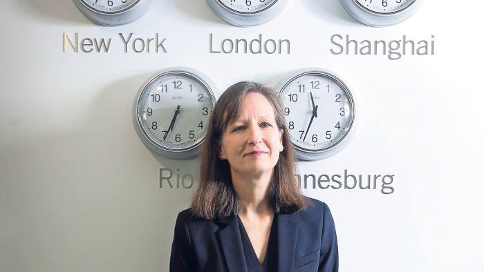 Dr Julie Hodges