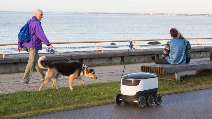 Starship Technologies test drives its delivery robot