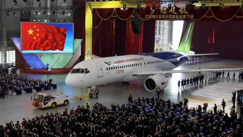 China's challenger to Airbus and Boeing set for skies at