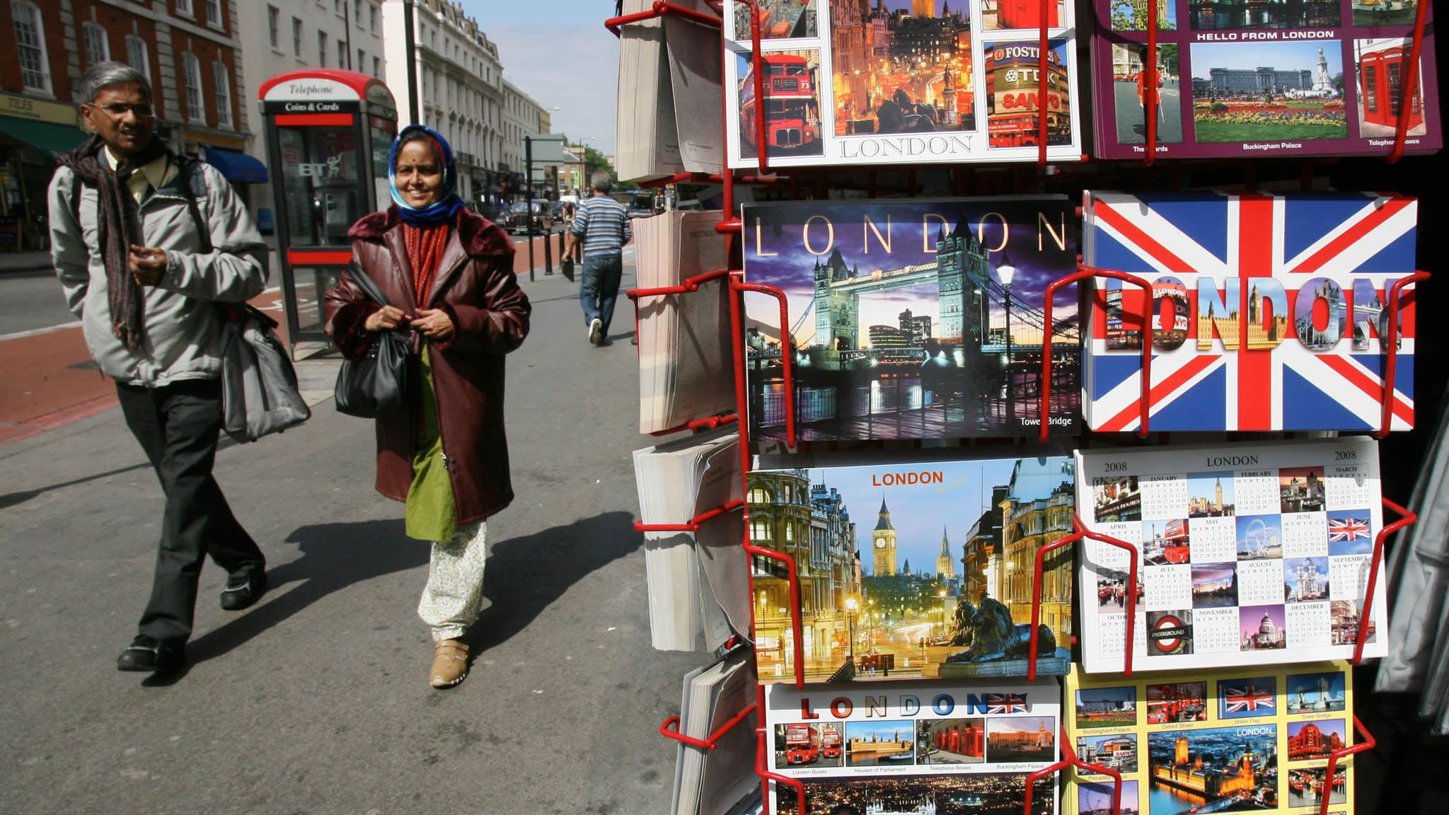 Osborne claims UK economy healing | Financial Times